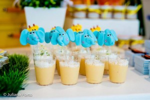 Zoo Themed Birthday Party via Kara's Party Ideas | Kara'sPartyIdeas.com #Zoo #Birthday #Party #Planning #Idea (26)