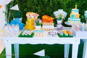 Zoo Themed Birthday Party via Kara's Party Ideas | Kara'sPartyIdeas.com #Zoo #Birthday #Party #Planning #Idea (33)