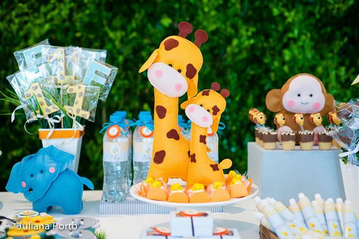 Karas party ideas zoo birthday party planning ideas cake idea zoo themed birthday party via karas party ideas karaspartyideas zoo filmwisefo
