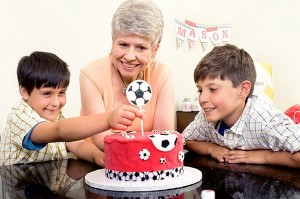 Ella Vanilla Cake Kits PROMO CODE via KarasPartyIdeas.com #CakeKits #EllaVanilla #PartySupplies (26)