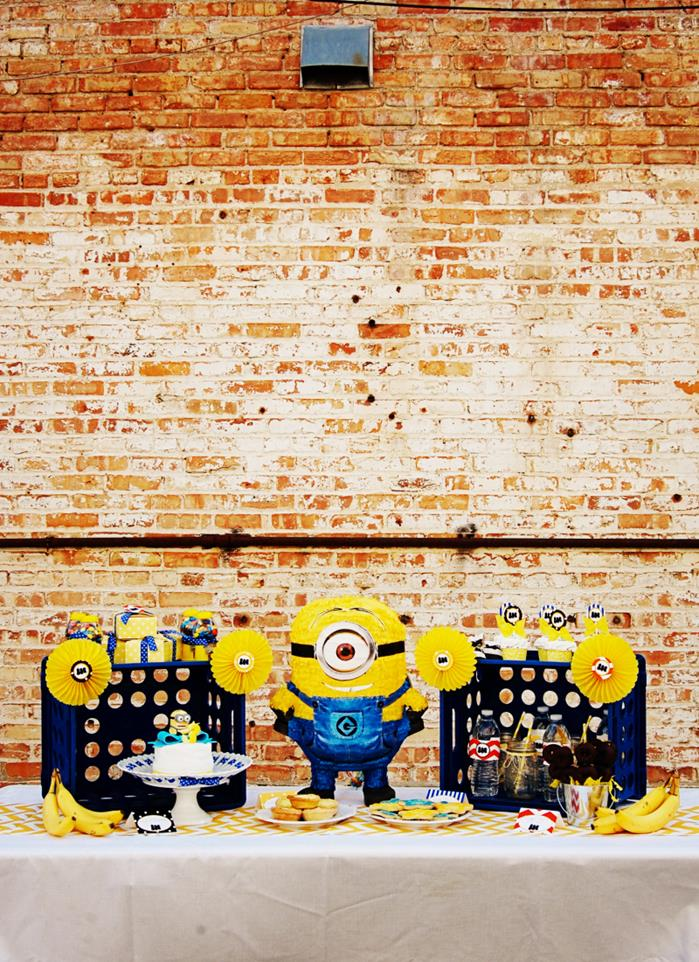 despicable me minion playdate party via kara 39 s party ideas minions
