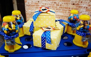 Despicable Me Minion Playdate Party via Kara's Party Ideas #minions #Playdate #DespicableMe #PartyIdea #PartyDecorations (22)
