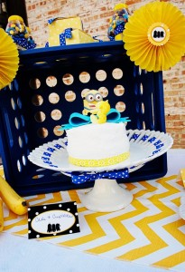 Despicable Me Minion Playdate Party via Kara's Party Ideas #minions #Playdate #DespicableMe #PartyIdea #PartyDecorations (19)
