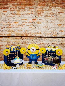 Despicable Me Minion Playdate Party via Kara's Party Ideas #minions #Playdate #DespicableMe #PartyIdea #PartyDecorations (17)