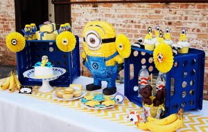 Despicable Me Minion Playdate Party via Kara's Party Ideas #minions #Playdate #DespicableMe #PartyIdea #PartyDecorations (16)