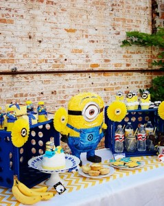 Despicable Me Minion Playdate Party via Kara's Party Ideas #minions #Playdate #DespicableMe #PartyIdea #PartyDecorations (15)