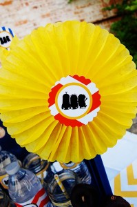 Despicable Me Minion Playdate Party via Kara's Party Ideas #minions #Playdate #DespicableMe #PartyIdea #PartyDecorations (9)