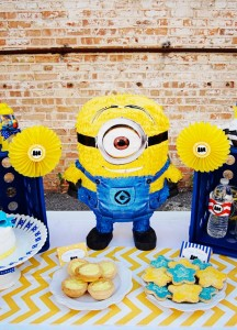 Despicable Me Minion Playdate Party via Kara's Party Ideas #minions #Playdate #DespicableMe #PartyIdea #PartyDecorations (5)