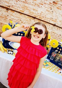 Despicable Me Minion Playdate Party via Kara's Party Ideas #minions #Playdate #DespicableMe #PartyIdea #PartyDecorations (2)