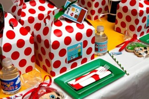 Mario Gamer Party via Kara's Party Ideas #Mario #VideoGames #PartyIdea #PartyDecorations (5)