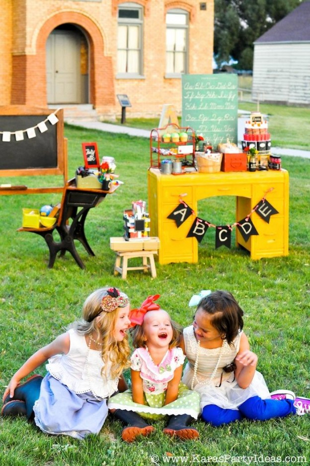 Back to School Party via Kara's Party Ideas KarasPartyIdeas.com #backtoschool #party #school #party #ideas #supplies #vintage #oldschoolhouse #smart #printables #karaspartyideas #karaallen-33 (7)