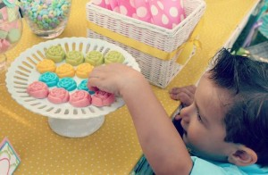 Summer Bliss Party via Kara's Party Ideas | Kara'sPartyIdeas.com #Summertime #Soiree #Party #Ideas #Supplies (10)