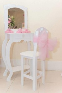Ballet Themed 1st Birthday Party via Kara's Party Ideas Kara'sPartyIdeas.com #Ballerina #PartyIdeas #Pink #Supplies #BalletCake (15)