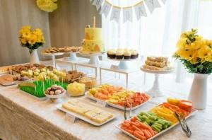 Honeybee Twin 1st Birthday Party via Kara's Party Ideas Kara'sPartyIdeas.com #TwinsBirthdayParty #Bee #Honeybee #Ideas #Supplies #GenderNeutral (13)