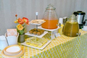 Honeybee Twin 1st Birthday Party via Kara's Party Ideas Kara'sPartyIdeas.com #TwinsBirthdayParty #Bee #Honeybee #Ideas #Supplies #GenderNeutral (11)