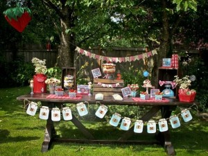 Berry Bash via Kara's Party Ideas | Kara'sPartyIdeas.com #SummerSoiree #PartyIdeas #Supplies (8)