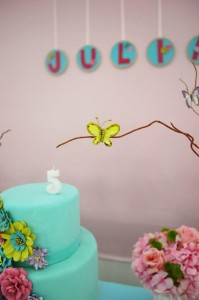 Butterfly Garden Party via Kara's Party Ideas | Kara'sPartyIdeas.com #Butterflies #Shower #Idea #Supplies #Vintage (11)