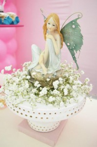 Butterfly Garden Party via Kara's Party Ideas | Kara'sPartyIdeas.com #Butterflies #Shower #Idea #Supplies #Vintage (4)