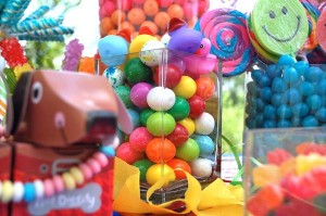 Candy Galaxy $150 Giveaway on Kara's Party Ideas #CandyBuffet #candy #CandyGalaxy #Giveaway (1)