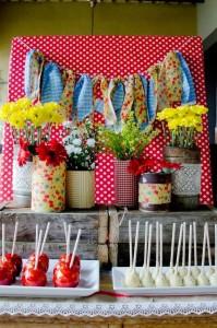 Vintage Farm Party via Kara's Party Ideas | Kara'sPartyIdeas.com #ShabbyChic #Barnyard #Farm #Party #Ideas #Supplies (16)