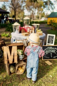 Farm Themed Birthday Party via Kara's Party Ideas | Kara'sPartyIdeas.com #LittleFarmer #Barnyard #FarmParty #Ideas #Supplies (18)