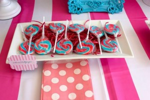Flamingo Themed Pool Party via Kara's Party Ideas | Kara'sPartyIdeas.com #Summer #PoolParty #Party #Ideas #Supplies (10)