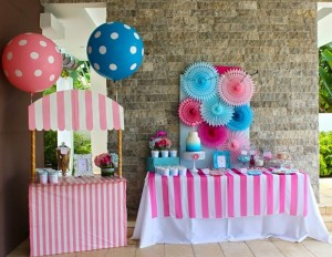 Flamingo Themed Pool Party via Kara's Party Ideas | Kara'sPartyIdeas.com #Summer #PoolParty #Party #Ideas #Supplies (5)