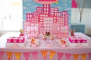 Girly Superhero Party via Kara's Party Ideas | Kara'sPartyIdeas.com #Birthday #PartyIdeas #Supplies #Girl (32)