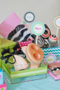 Instagram Inspired Party via Kara's Party Ideas | Kara'sPartyIdeas.com #SocialMedia #PartyIdeas #TweenParty #Supplies (10)