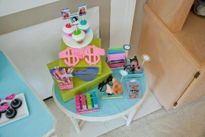 Instagram Inspired Party via Kara's Party Ideas | Kara'sPartyIdeas.com #SocialMedia #PartyIdeas #TweenParty #Supplies (7)