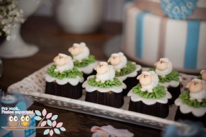 Little Lamb First Birthday Party via Kara's Party Ideas | Kara'sPartyIdeas.com #BabyShower #Birthday #PartyIdeas #Supplies (16)