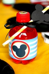 Mickey Mouse Clubhouse Party via Kara's Party Ideas Kara'sPartyIdeas.com #MickeyMouse #MinnieMouse #PartyIdeas #Supplies (31)