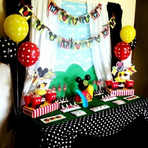 Mickey Mouse Clubhouse Party via Kara's Party Ideas Kara'sPartyIdeas.com #MickeyMouse #MinnieMouse #PartyIdeas #Supplies (28)
