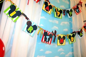 Mickey Mouse Clubhouse Party via Kara's Party Ideas Kara'sPartyIdeas.com #MickeyMouse #MinnieMouse #PartyIdeas #Supplies (27)