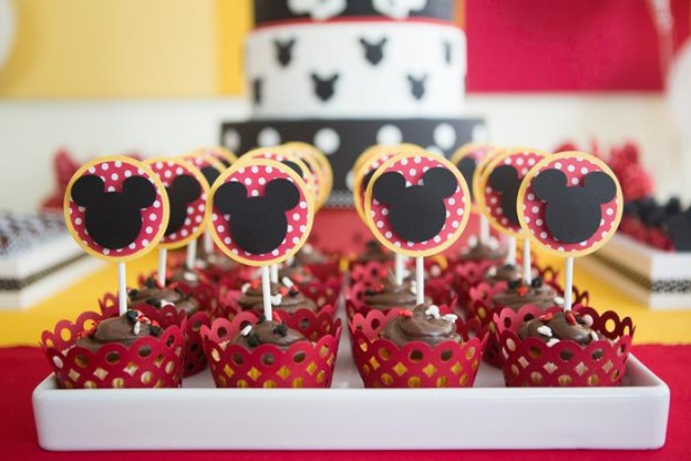 Mickey Mouse Party via Kara's Party Ideas | Kara'sPartyIdeas.com #MinnieMouse #Party #Ideas #Supplies (15)