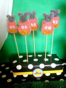 Mickey Mouse Clubhouse Party via Kara's Party Ideas Kara'sPartyIdeas.com #MickeyMouse #MinnieMouse #PartyIdeas #Supplies (20)