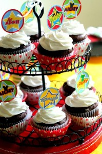 Mickey Mouse Clubhouse Party via Kara's Party Ideas Kara'sPartyIdeas.com #MickeyMouse #MinnieMouse #PartyIdeas #Supplies (40)