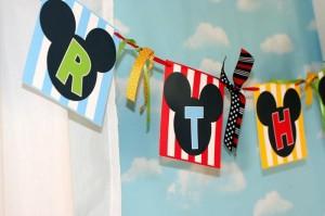 Mickey Mouse Clubhouse Party via Kara's Party Ideas Kara'sPartyIdeas.com #MickeyMouse #MinnieMouse #PartyIdeas #Supplies (9)