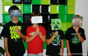 Minecraft Party via Kara's Party Ideas Kara'sPartyIdeas.com #Minecraft #PartyIdeas #Supplies #TweenParty #Games (20)