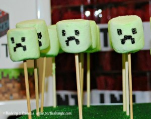 Minecraft Party via Kara's Party Ideas Kara'sPartyIdeas.com #Minecraft #PartyIdeas #Supplies #TweenParty #Games (6)