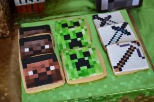 Minecraft Themed Birthday Party via Kara's Party Ideas Kara'sPartyIdeas.com #Gamer #Gaming #PartyIdeas #Supplies (43)