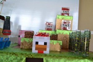 Minecraft Themed Birthday Party via Kara's Party Ideas Kara'sPartyIdeas.com #Gamer #Gaming #PartyIdeas #Supplies (41)