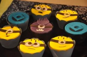 Despicable Me Minion Party via Kara's Party Ideas Kara'sPartyIdeas.com #Minion #PartyIdeas #Supplies (7)