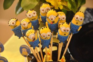 Despicable Me Minion Party via Kara's Party Ideas Kara'sPartyIdeas.com #Minion #PartyIdeas #Supplies (6)