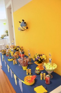 Despicable Me Minion Party via Kara's Party Ideas Kara'sPartyIdeas.com #Minion #PartyIdeas #Supplies (5)