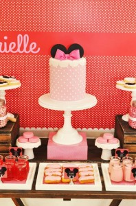 Vintage Minnie Mouse Party via Kara's Party Ideas | Kara'sPartyIdeas.com #Vintage #MickeyMouse #Party #Idea #Supplies (21)