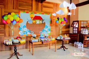 Noah's Ark Party via Kara's Party Ideas Kara'sPartyIdeas.com #NoahsArk #Zoo #Safari #PartyIdeas #Supplies (28)