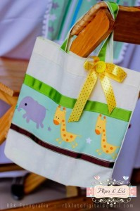 Noah's Ark Party via Kara's Party Ideas Kara'sPartyIdeas.com #NoahsArk #Zoo #Safari #PartyIdeas #Supplies (26)