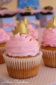 Disney Princess Party via Kara's Party Ideas   Kara'sPartyIdeas.com #DisneyPrincess #PartyIdeas #Supplies #SnowWhite #Cinderella (11)
