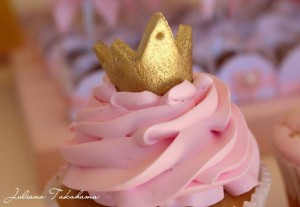 Disney Princess Party via Kara's Party Ideas | Kara'sPartyIdeas.com #DisneyPrincess #PartyIdeas #Supplies #SnowWhite #Cinderella (6)